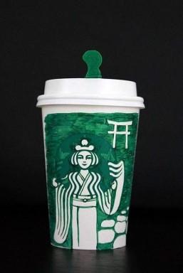 スタバのカップに万年筆で描き加えたFacebookで人気?のシリーズのうちの一作品